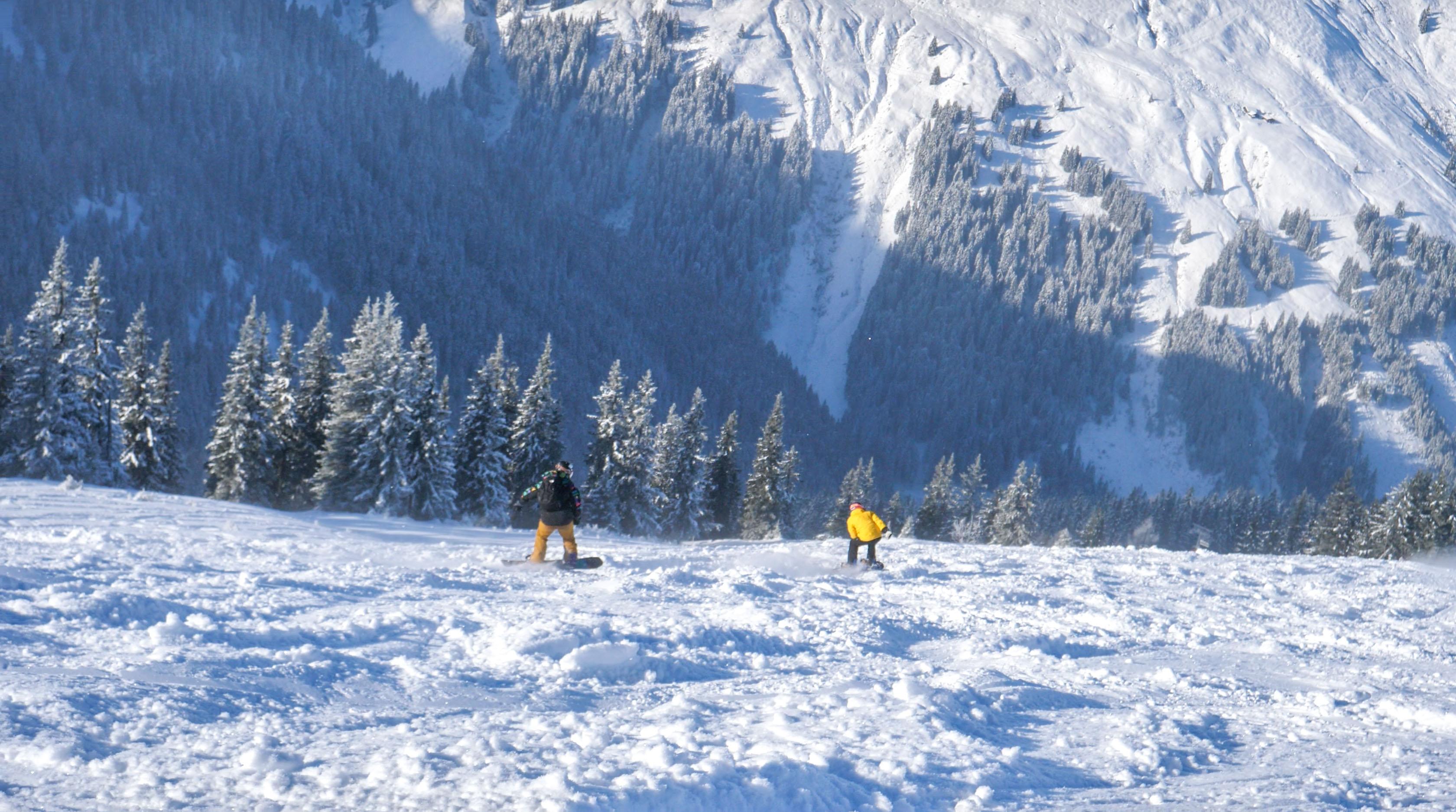 Erfarne skiinstuktører i Schweiz